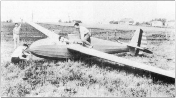 Howard Blossom in L-K TG-4 glider