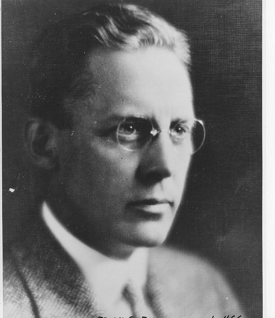 Edward S Evans