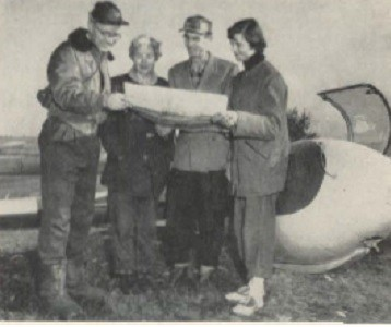 Francis Bundy plans a flight