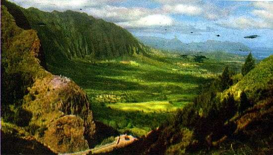 Nuuanu Pali Lookout, Honolulu, Hawaii